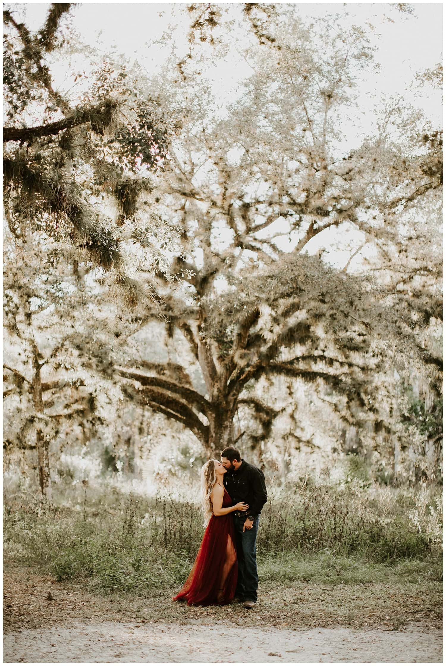 jupiter-florida-riverbend-park-couples-photoshoot_0004.jpg