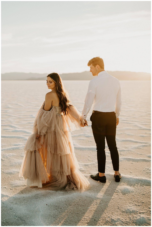 bonneville salt flats elopement, salt flats photography, wedding photographers in utah